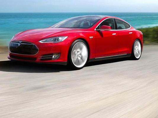 特斯拉首次通知新预定客户可开始选配和订购Model 3